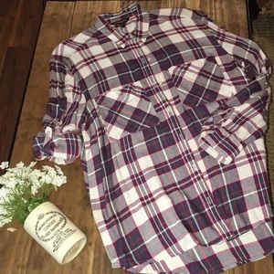 Express plaid long sleeve blouse // size small